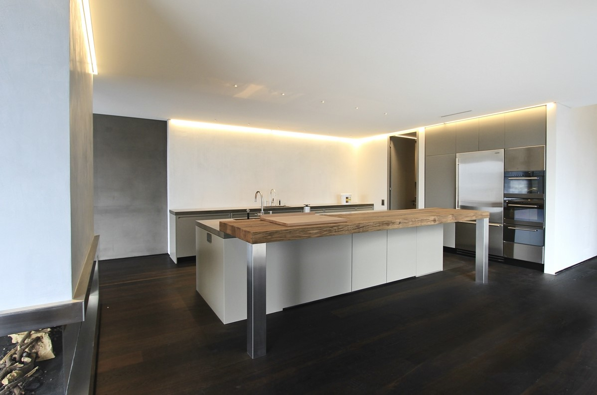 Schreinerei Leuzinger AG, 8753 Mollis | Villa Zürich