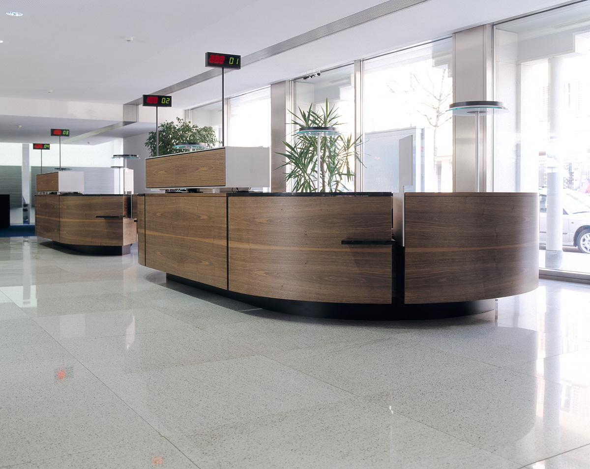 Schalterbereich Glarner Kantonalbank